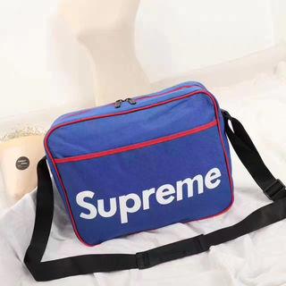 【早い者勝ち】supreme   ショルダーバッグ