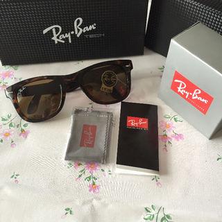 Ray-Ban ウェイファーラー RB4105 710