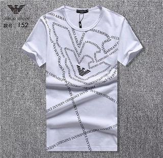 送料無料 アルマーニ新品Tシャツ