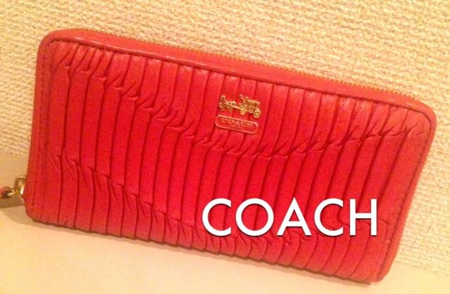 outlet store 39a6b 976bb COACH 長財布 サーモンピンクレザー(コーチ ) - フリマアプリ ...
