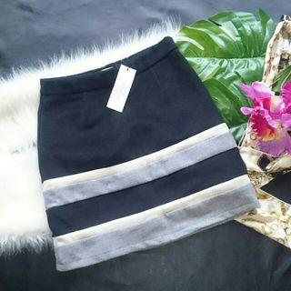 新品!タグ付き!夢展望ボーダー配色冬生地ミニスカート