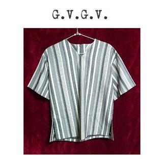 新品 g.v.g.v Vネック ストライプ 半袖 カットソー