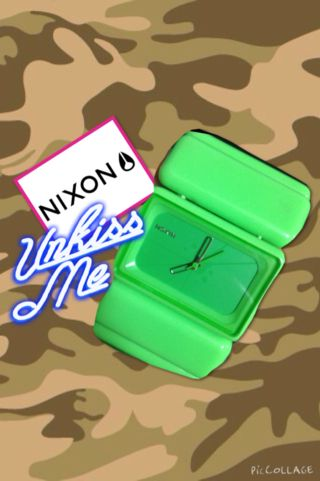 nixon込3150円