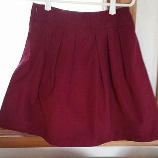 かわいいindexのワインレッドのスカートです(*^^*)