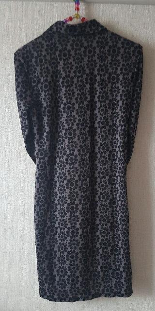 花柄ミニワンピース 黒×グレー