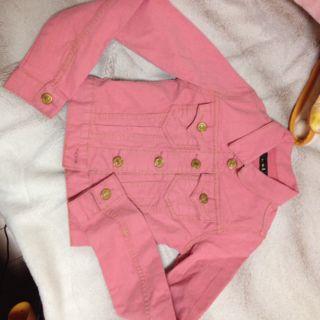 ピンクショート丈ジャケット