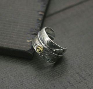925シルバー メタル付きフェザーリング ゴローズ