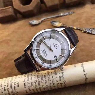 国内発☆入手困難☆オメガクォーツ腕時計OSB-299