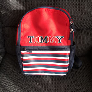 Tommy hilfiger リュック 子供用