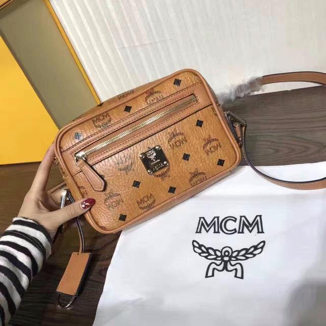 MCMエムシーエム人気新品 ショルダーバッグ 送料無料