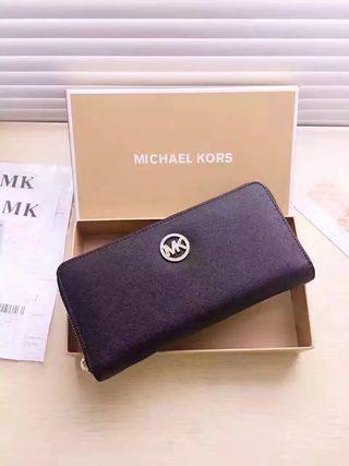 MK 人気美品 可愛い美品 男女兼用 長財布 8色