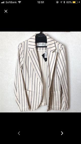 AULA AILAのジャケット