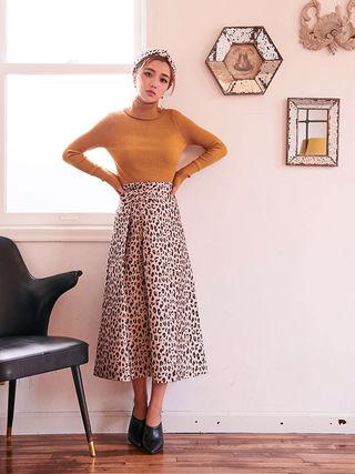 レオパードストレートスカート