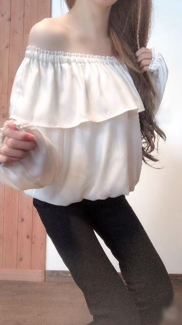 萌え袖胸元フリル オフショルTOPS