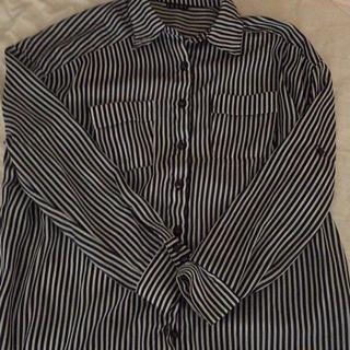 イングのストライプシャツ