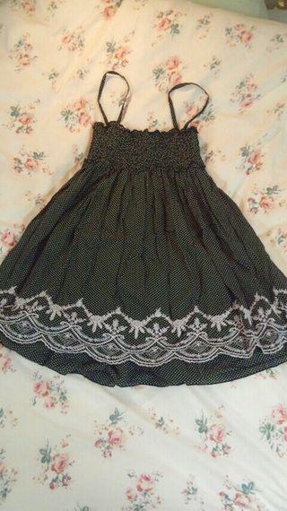 裾刺繍フレアワンピ.*