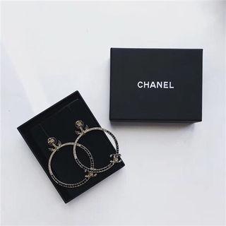 Chanelシャネルイヤリングプレゼント