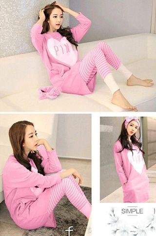 可愛いピンクの部屋着 パジャマ