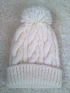 白ニット帽