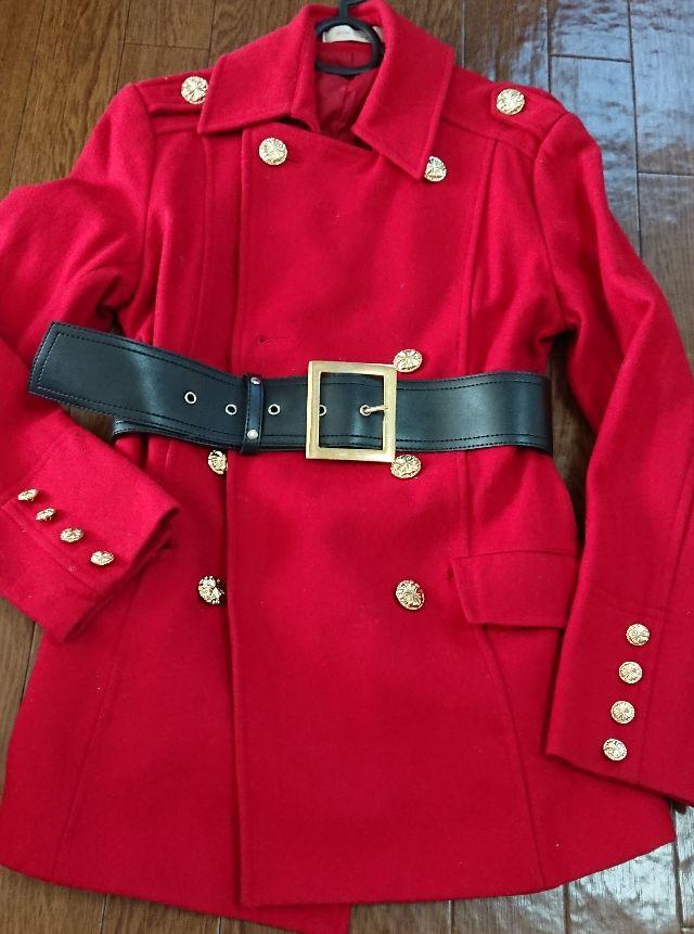 赤 コート