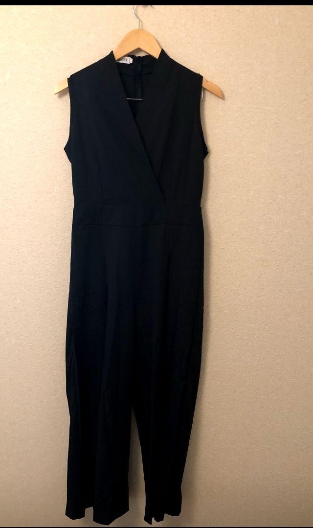 オールインワンパンツドレス