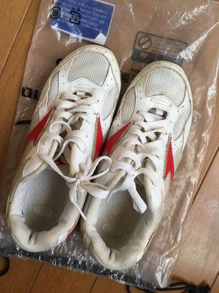 ミズノ 運動靴