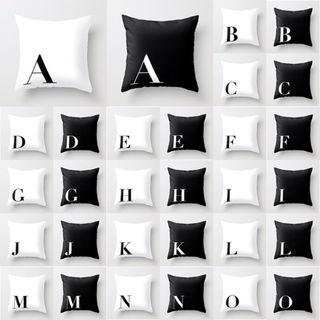 アルファベットクッションカバー