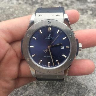 ウブロ 腕時計 クラシック フュージョン 国内発送