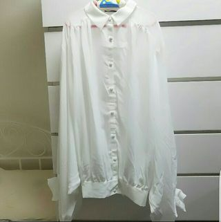 新品ドルマンゆるとろみ白シャツ長袖