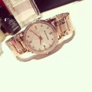 キラキラ 素敵な高品質腕時計 日付機能有り