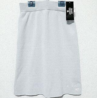 新品・未使用  マリクワ スカート