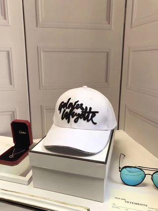 新入荷 Versace 帽子 夏美品 国内発送