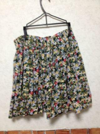 レトロな小花柄スカート*