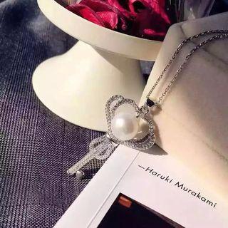 国内発送 Tiffanyティファニー キー型 ネックレス