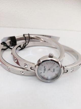 アレッサンドラ オーラ バングル腕時計