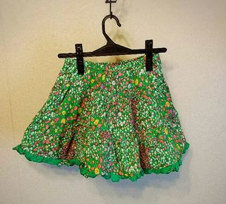 美品ボリュームスカート
