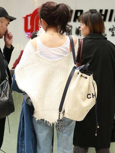 新品裾フリンジキレイニットトップス ホワイト