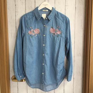 しまむら 花柄 刺繍 デニムシャツ エンブロイダリーMサイズ