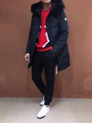 17冬の定番人気 高品質ダウンコート 着用でカッコイイ