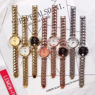 人気新品 Versace  ウォッチ シャレな腕時計
