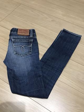 moussyのジーンズ