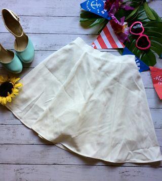 美品!dazzlinインナーショートパンツつきフレアスカート