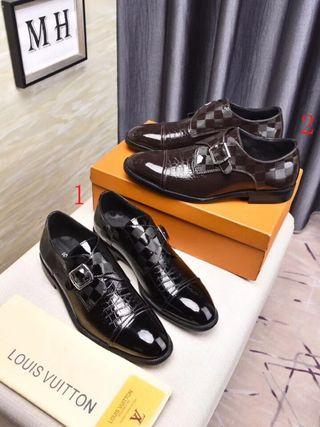 ヴィトン。 革靴。 国内発送
