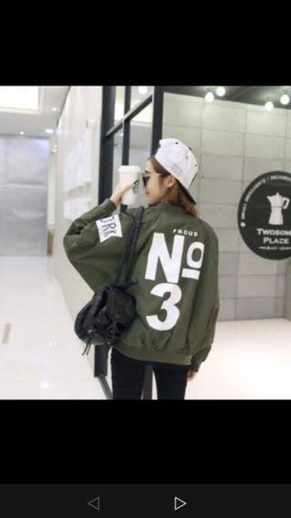 韓国ファッション MA-1 スタジャン カーキーXL