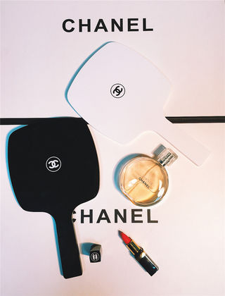 CHANELミラー 手鏡ハンドミラー メイク用
