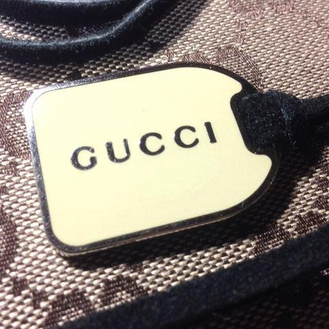 a5e9d8a24354 ビンテージGUCCIグッチ レザーチョーカー ネックレス; ビンテージGUCCIグッチ レザーチョーカー ネックレス(Gucci(グッチ) ) -  フリマアプリ& ...