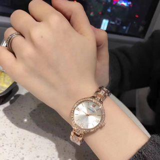 新品大人気 SWAROVSKIクォーツ 腕時計 送料無料