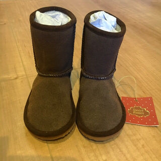 【新品】定価8000円 13.5cm L'AMOUR ブーツ