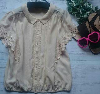 美品!ダブルクローゼット刺繍フリル×レトロ半袖シャツ