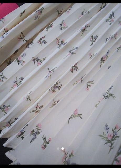 □ アースミュージックエコロジー 花柄プリーツスカート